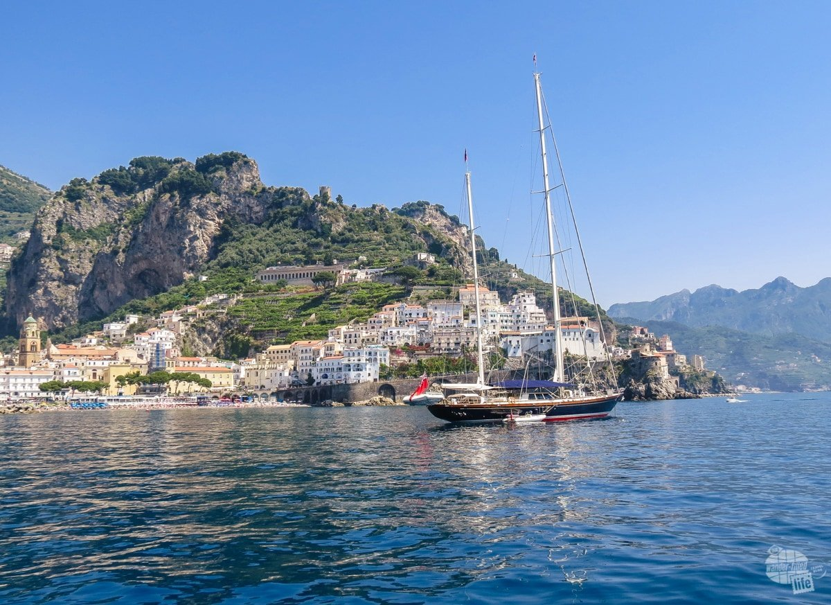 Sailing along the Amalfi Coast
