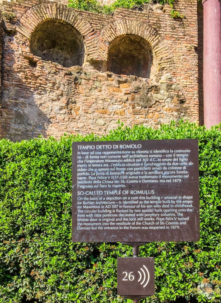 Italian and English signs at the Roman Forum.