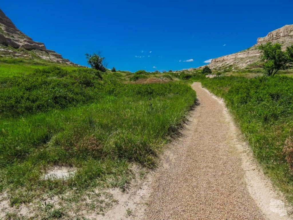 This path follows along the Oregon Trail through Mitchell Pass.