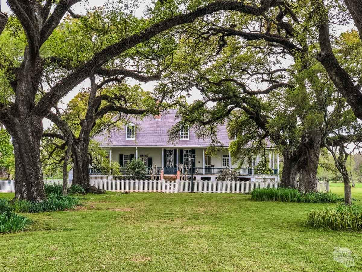 The front entrance to the plantation house at one of the prettiest of Louisiana's National Parks.