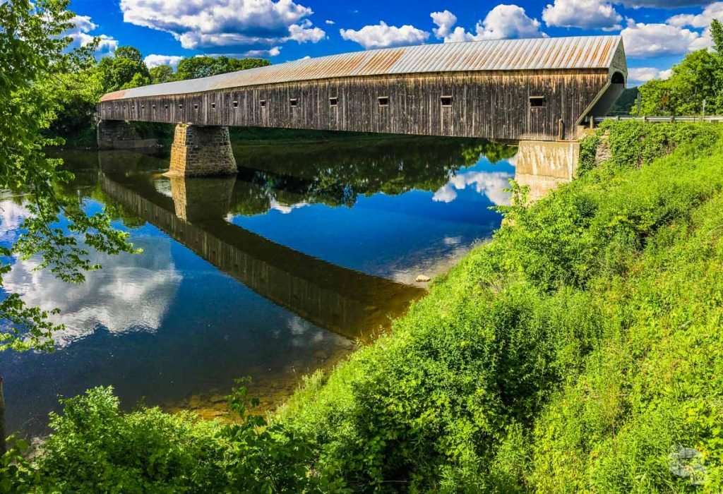 The Windsor-Cornish Bridge is the longest covered bridge in the US, spanning 460 feet over the Connecticut River between Vermont and New Hampshire.