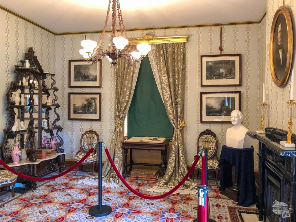 The parlor in the Taft House