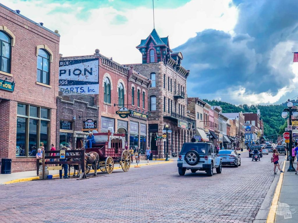 Deadwood is one of the many towns near Custer State Park.