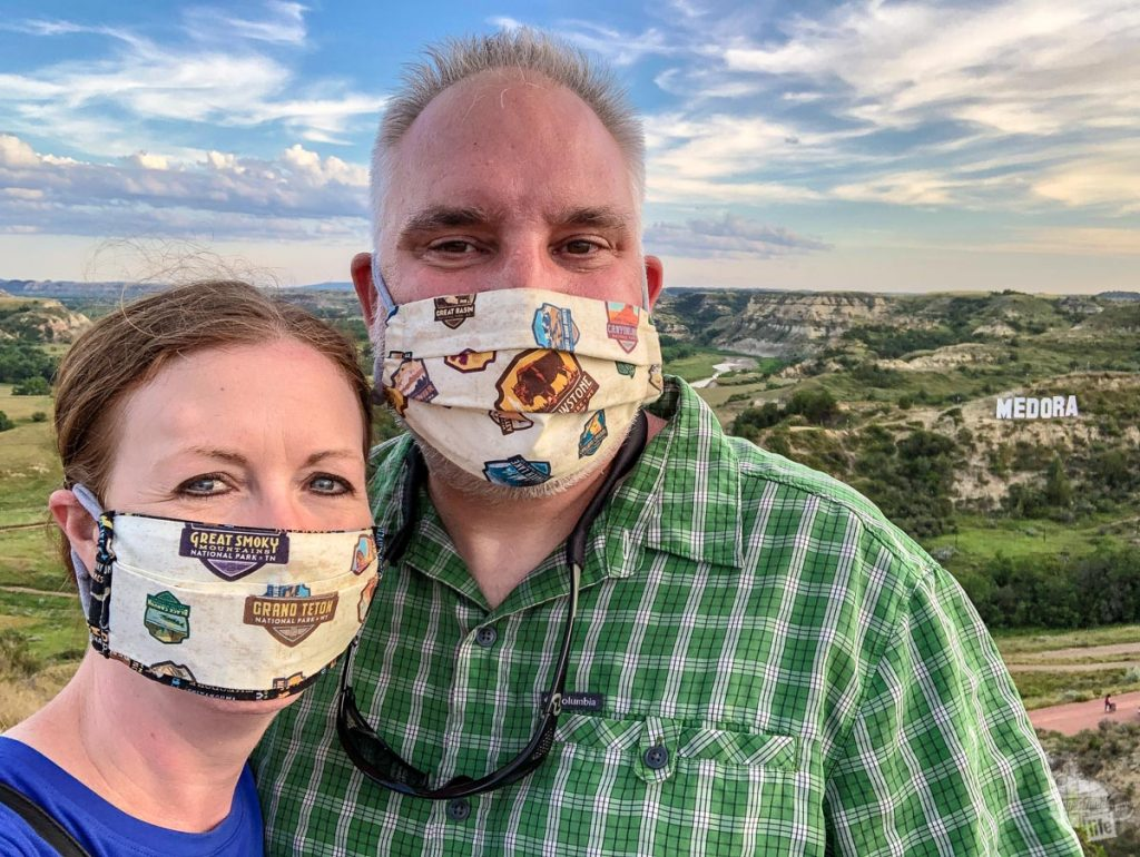 Wearing face masks helps keep you healthy while traveling during a pandemic.